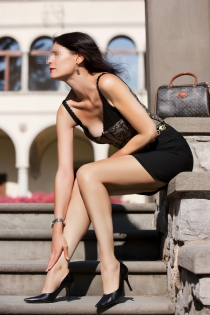 Edith Courtesan, Age 35, Escort in Milan / Italy