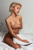 Selena, Age 23, Escort in Messina / Italy