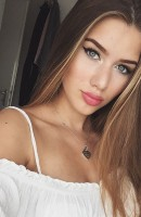 Marika, Age 20, Escort in Paris / France